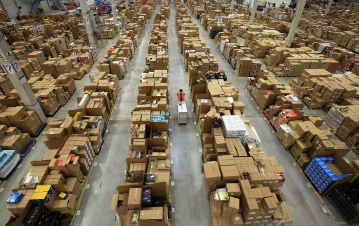 Стоимость хранения груза на складе