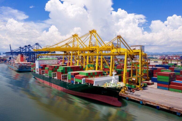як привезти вантаж з Китаю морем