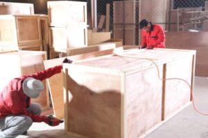 доставка меблів з Китаю в Україну