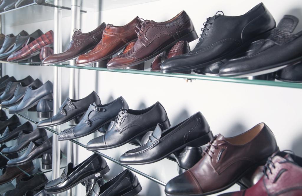 брендове взуття з Китаю